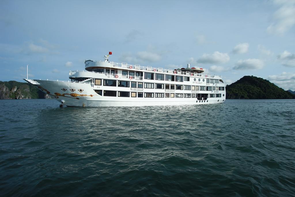 Luxury Starlight Cruise Halong Bay