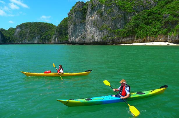Phoenix Day Cruise Halong Bay