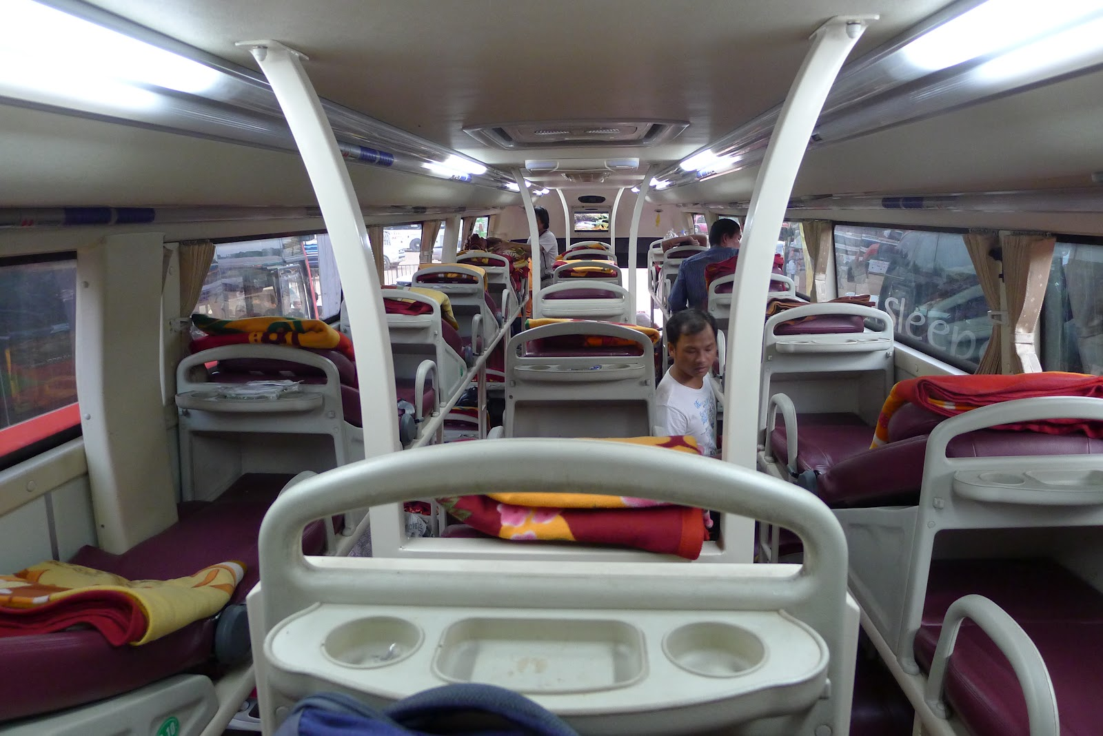 Sleeping Bus from Hanoi to Luang Prabang – Travel Service