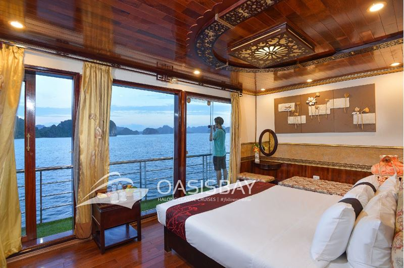 Oasis Bay Cruises Halong