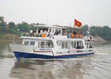 Cruising the scenic waterways of the Red River